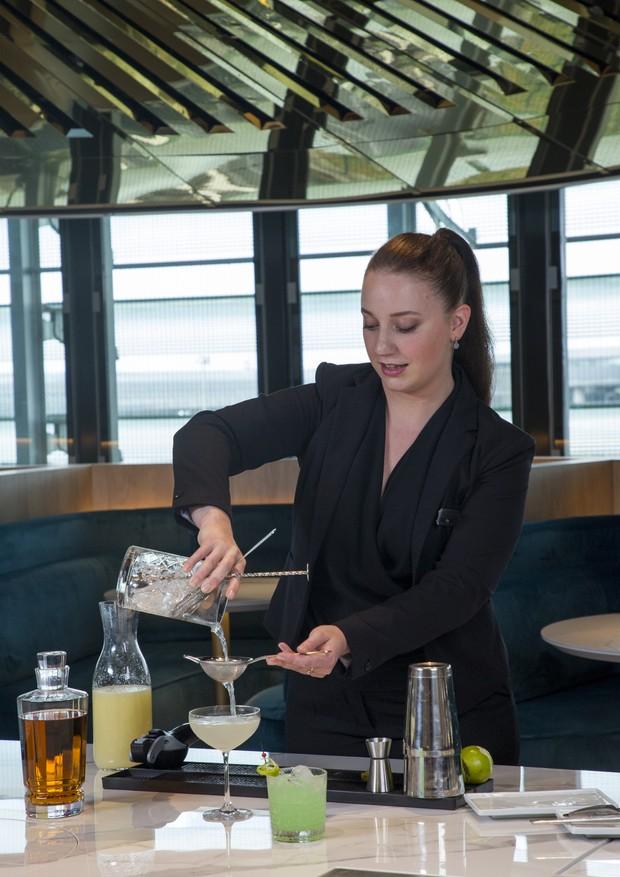 Aproveite para experimentar um dos drinques do menu do Hotel Lancaster (Foto: Divulgação)