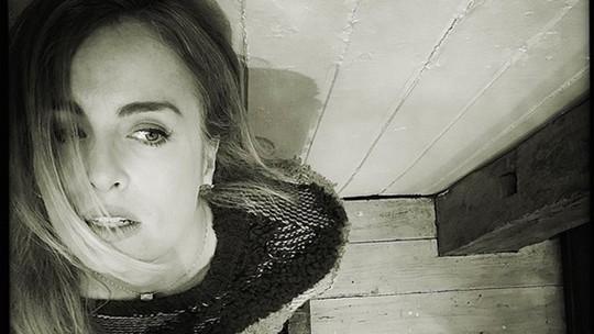 Angélica posa para ensaio fotográfico de Carmo Dalla Vecchia