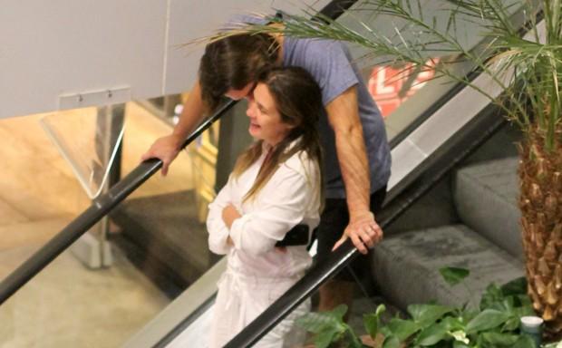 Adriana Esteves e Vladimir Brichta (Foto: Daniel Delmiro/AgNews)