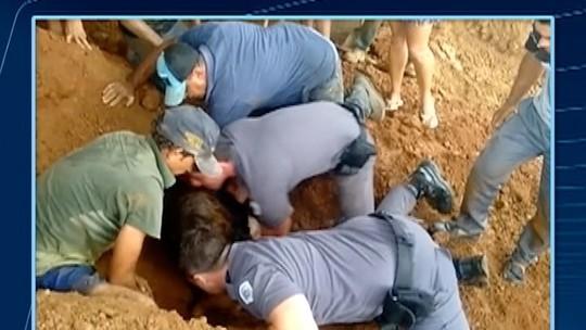 Criança é salva pela PM após ser soterrada em cerâmica de Paulicéia