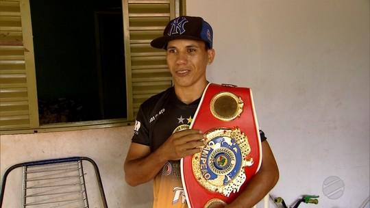 Boxeador de MS, atual campeão brasileiro peso-pena, concorre a melhor pugilista de 2017; vote