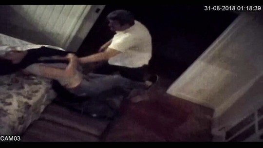Atriz grava agressões do marido com câmeras escondidas dentro do quarto no Rio