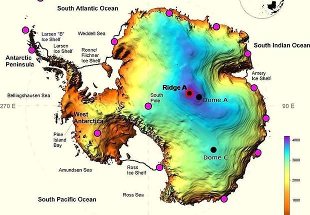 Mapa da Antártida mostra proximidade entre Ridge A e Pólo Sul. Astronautas têm identificado as características em Ridge A como as mais favoráveis para a observação do Universo (Foto: Reprodução/Steward Observatory)