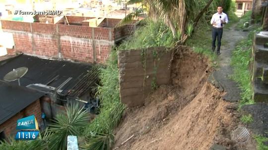 Chuva interdita trecho de rodovia e deixa famílias desabrigadas no sul da Bahia: 'Entrei em desespero'