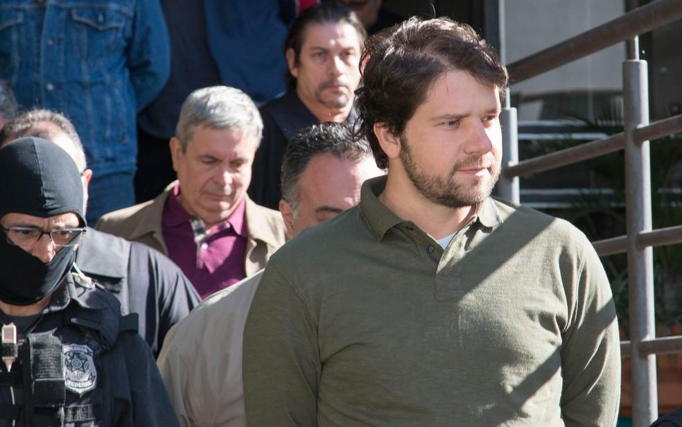 O ex-deputado Luiz Argôlo, após ser oreso na Operação Lava Jato  — Foto: Cassiano Rosário/Futura Press/Estadão Conteúdo