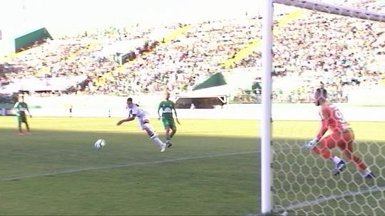Bronca no vestiário e Thiago Galhardo: como o Vasco buscou empate com a Chape
