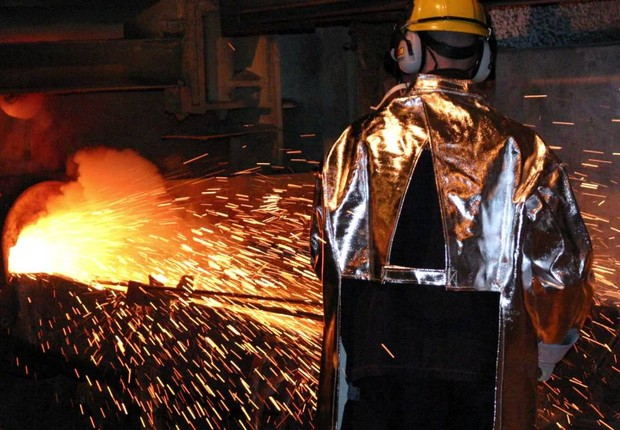 Metalurgia ; siderurgia ; indústria ; trabalhador ;  (Foto: Getty Images/Arquivo)