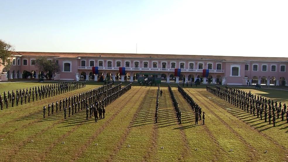 Escola de Cadetes em Campinas tem aumento constante de concorrência (Foto: Reprodução/EPTV)
