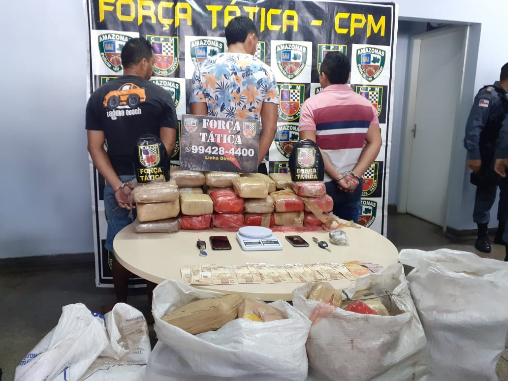 Após denúncia anônima, trio é preso com 160 kg de drogas em sítio na Zona Leste de Manaus - Notícias - Plantão Diário