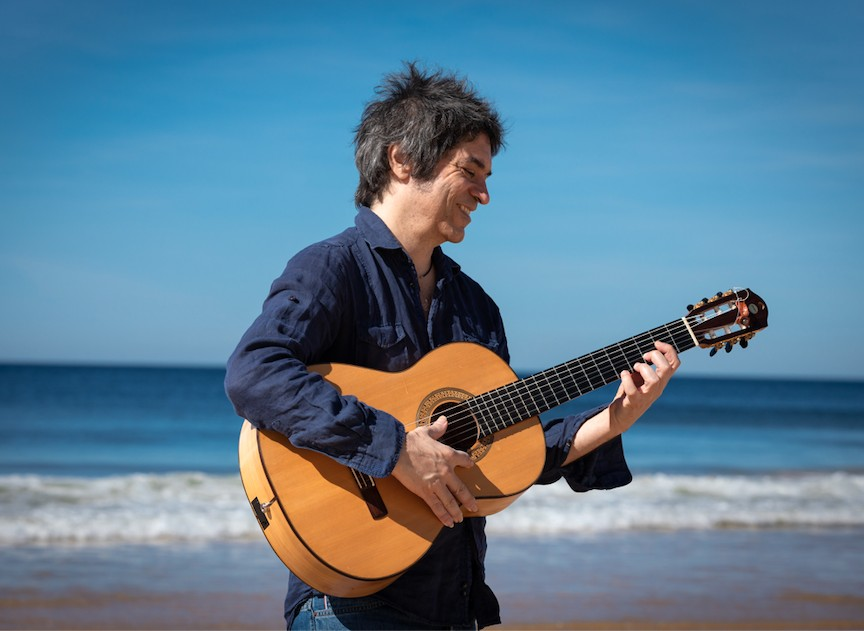 Fred Martins se espraia com requinte pelas águas intercontinentais do álbum 'Ultramarino'