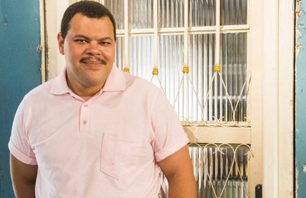 Em 2016, Babu fez uma participação em 'Malhação: Seu lugar no mundo' como o merendeiro Reginaldo (Foto: TV Globo)