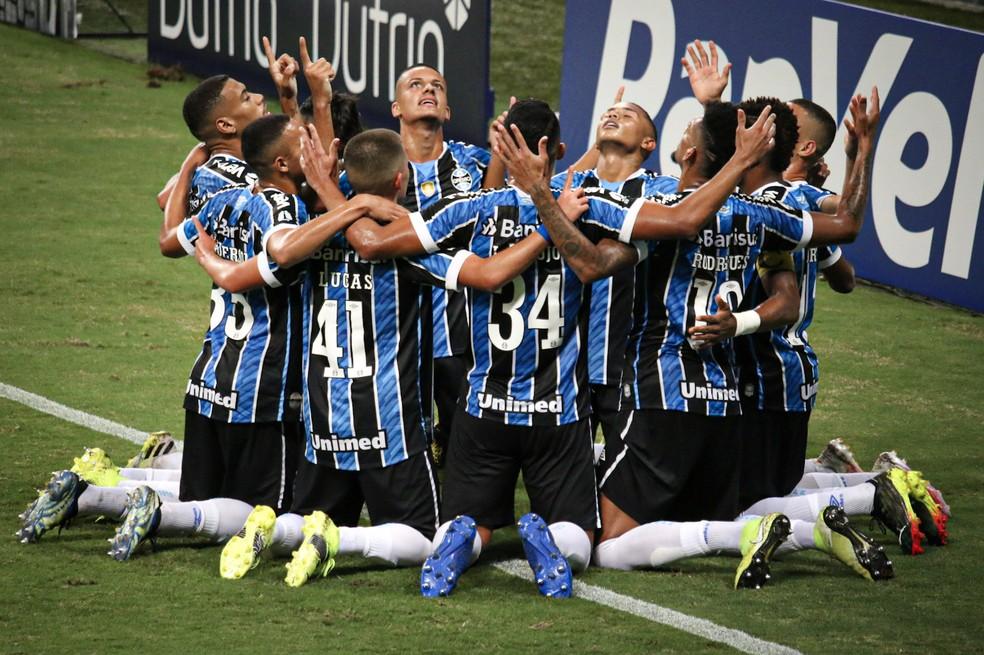 Jovens do Grêmio seguem com 100% de aproveitamento  — Foto: Lucas Bubols/ge
