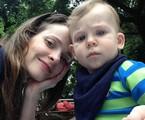 Maria Helena Chira com o filho, Antonio | Arquivo pessoal