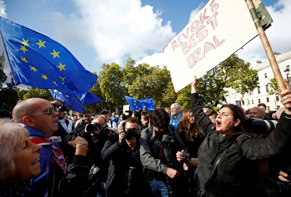 Protesters for and against Brexit in London - Photo: REUTERS / Henry Nicholls