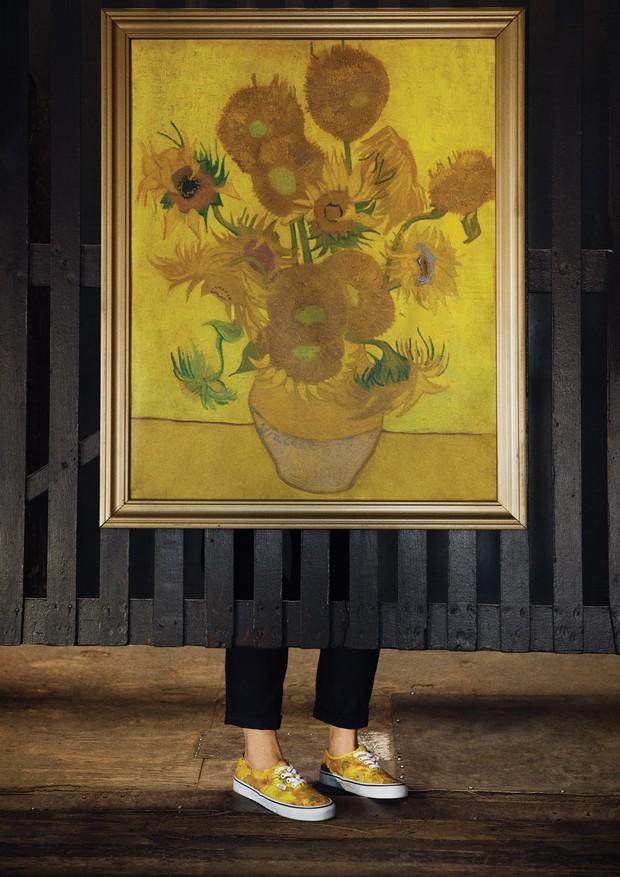 Vans x Van Gogh  a collab que mostra o perfeito encontro entre moda ... 43ccbbc85