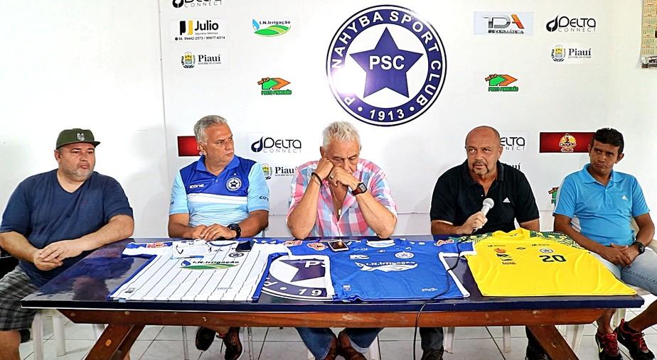 Adelmo Soares é apresentado no Parnahyba e começa pré-temporada no clube após o Natal