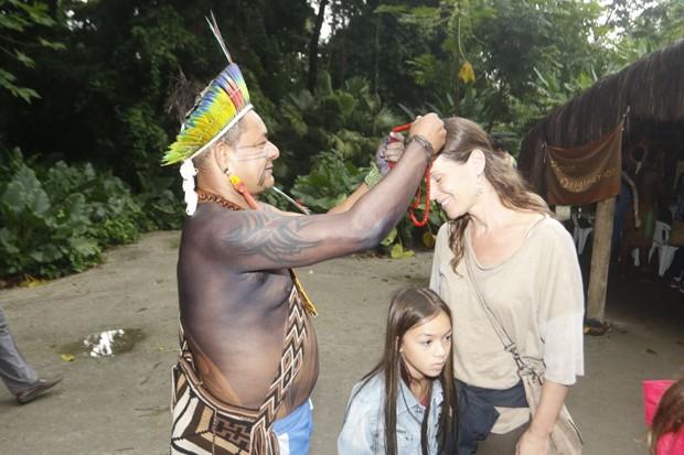 Vanessa Loes e as filhas, Cora e Pilar (Foto: Fred Pontes / Divulgação)