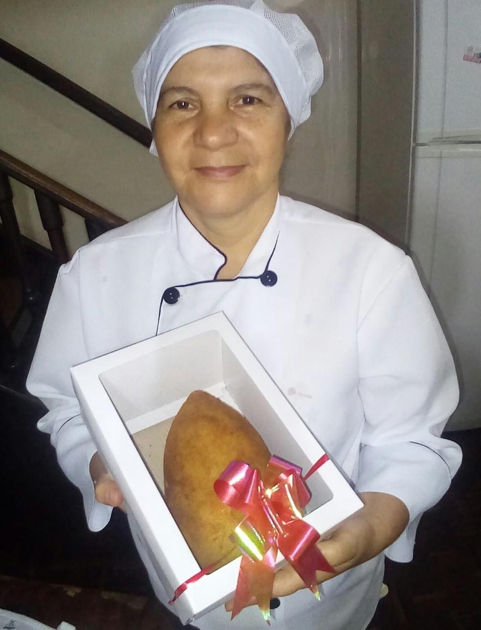 Fátima de Almeida, proprietária da empresa de salgados  — Foto: Fátima Salgados/Divulgação Facebook