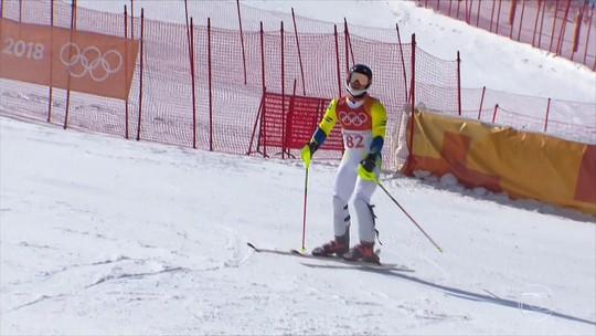 Brasileiro Michel Macedo não consegue completar prova e é eliminado no slalom