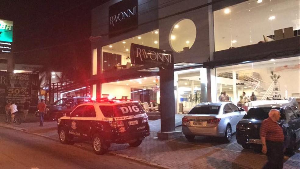 Loja onde a vendedora foi morta a tiros (Foto: Divulgação/DIG)
