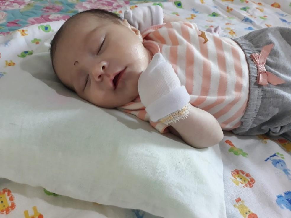 Bebê precisa de exames — Foto: Cristiane Maria Ribeiro/ Arquivo pessoal