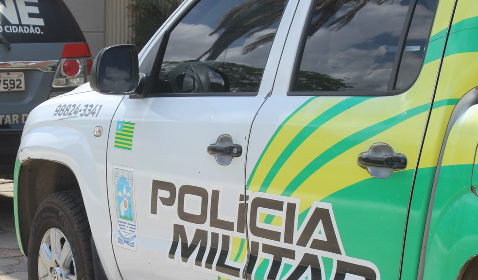 Polícia Militar do Piauí faz buscas — Foto: Andrê Nascimento/ G1 PI