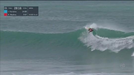 Gabriel Medina vence a etapa de Jeffreys Bay do Mundial de Surfe