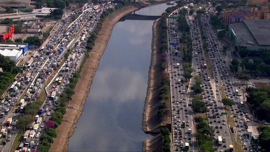 Detran suspende CNHs, mas motoristas continuam dirigindo