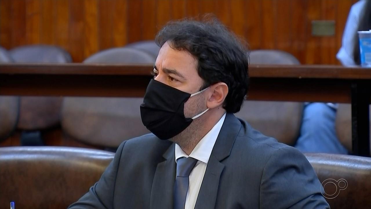 Câmara adia votação de CP contra vereador envolvido em polêmica sobre 'kit Covid'