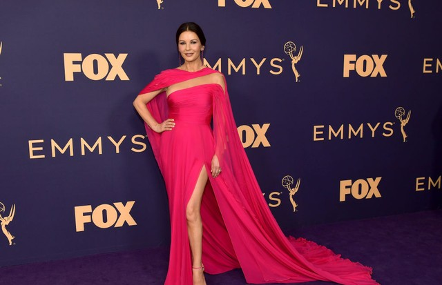 Catherine Zeta-Jones usa Georges Hobeika (Foto: Getty Images)