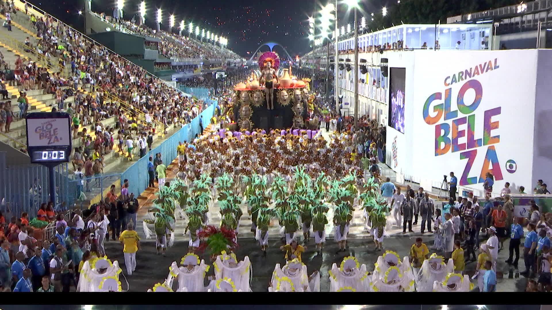 ASSISTA aos desfiles da Série A do carnaval do Rio