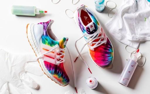 Estamos pirando com o novo tênis tie-dye da Adidas