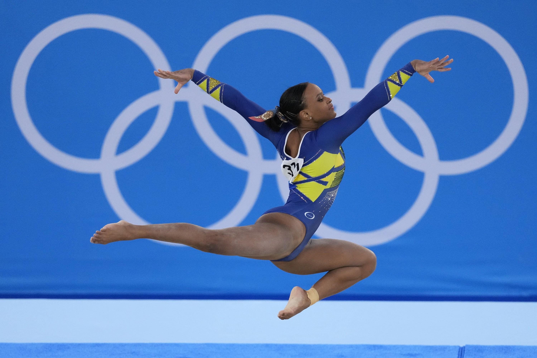 Rebeca Andrade, Tommie Smith e mais: 10 atletas negros que fizeram história nas Olimpíadas