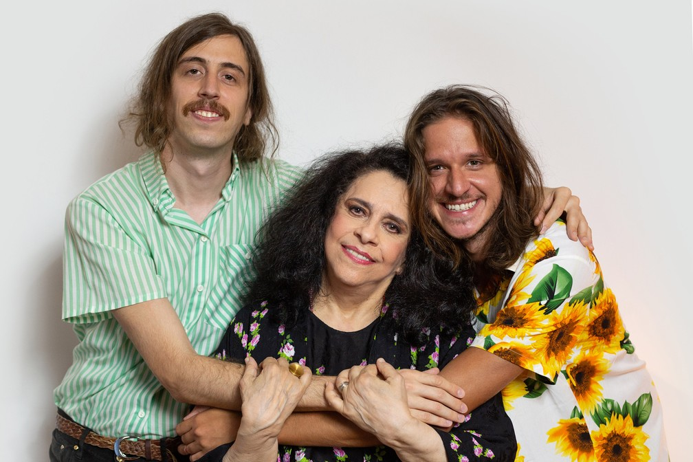 Tim Bernardes e Rubel estão entre os convidados de Gal Costa no disco 'Nenhuma Dor' — Foto: Carol Siqueira/Divulgação