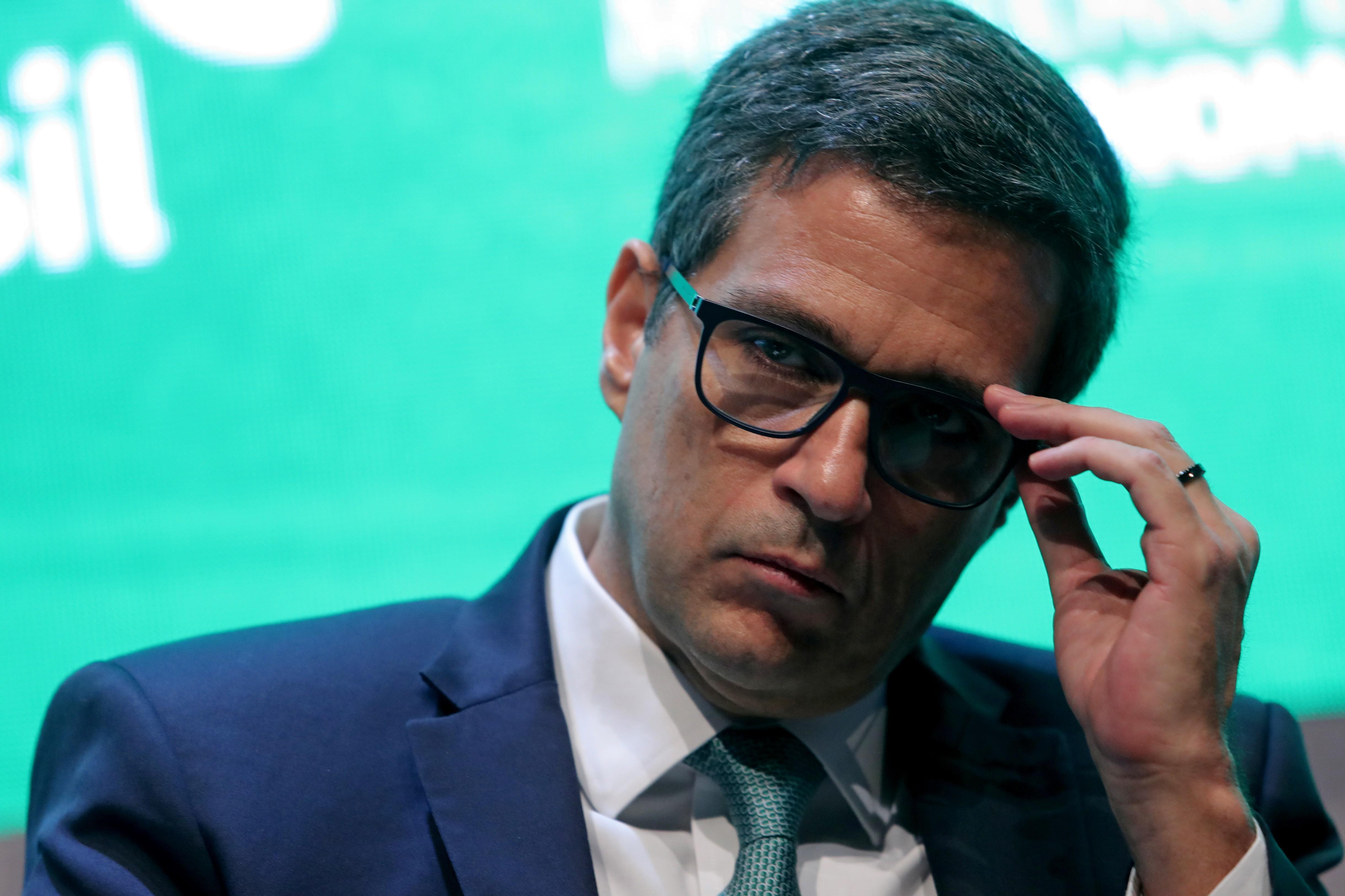 Alta recente do dólar não bateu em canal de inflação, diz presidente do BC - Notícias - Plantão Diário