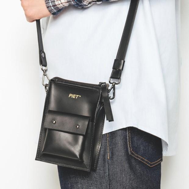 Minibag da masculina Piet, sucesso também entre mulheres (Foto: Reprodução/Instagram)