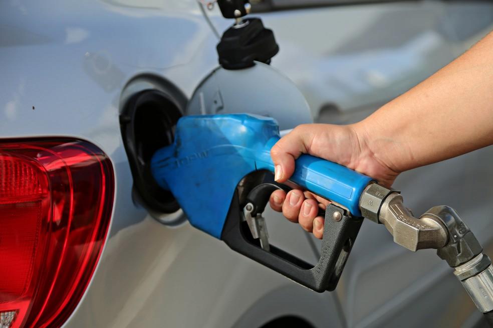 Posto combustíveis Uberaba (Foto: Neto Talmeli/PMU)