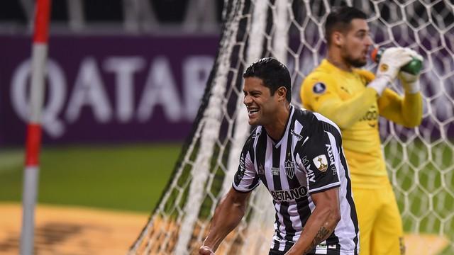 Hulk marcou dois contra o Cerro Porteño