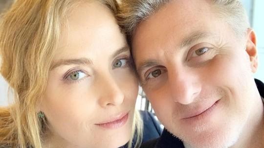Angélica revê filme que protagonizou em 90 e revela: 'Aí era o beijo que minha mãe não deixou eu dar'