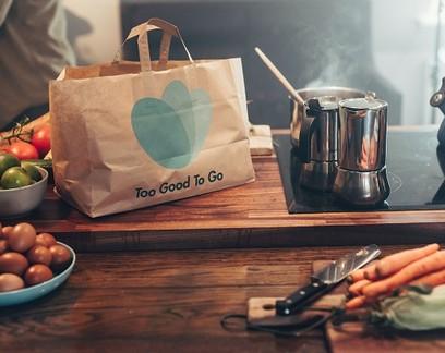 Este aplicativo permite que você compre sobras de comida dos seus restaurantes favoritos