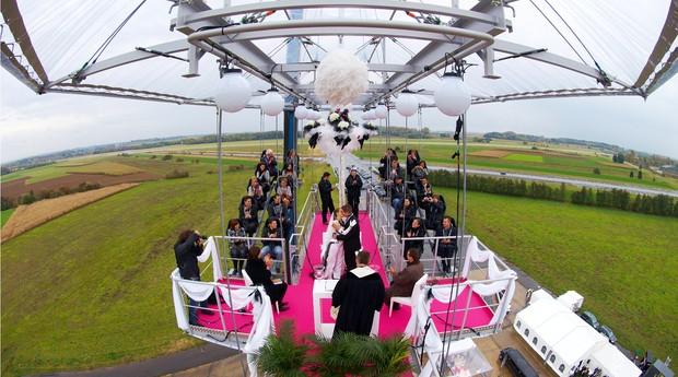 Casamento realizado no Dinner in the Sky (Foto: Divulgação)