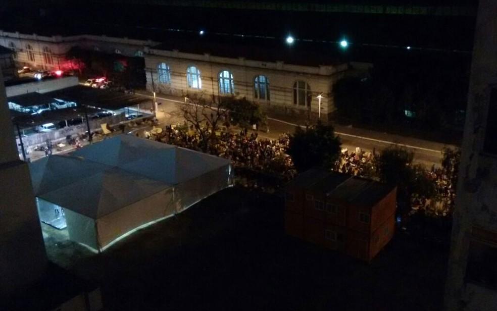 Usuários de droga ocupam a Alameda Cleveland, na Luz (Foto: Arquivo Pessoal )