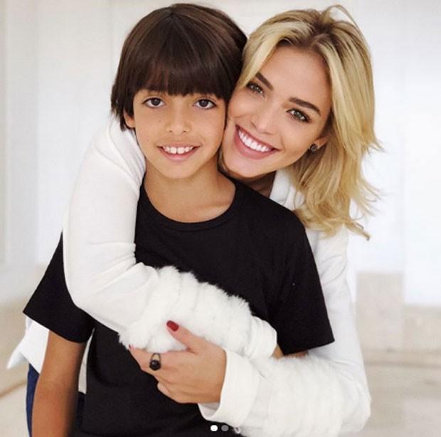 Carol Dias e Luca (Foto: Reprodução Instagram)