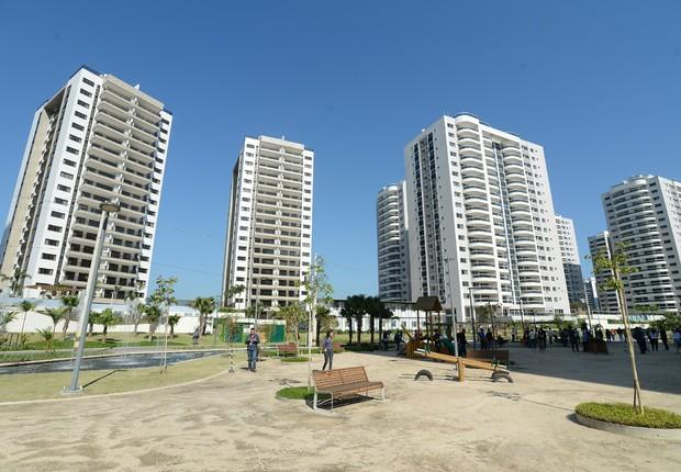 A Vila dos Atletas, na Barra da Tijuca, tem 3.604 mil apartamentos de dois, três e quatro quartos; imóveis ;  (Foto: Tomaz Silva/Agência Brasil)