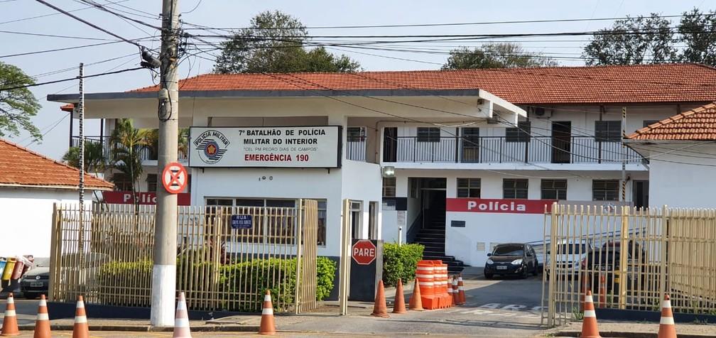 Operação cumpre mandados de prisão contra dez policiais militares em Sorocaba — Foto: Moniele Nogueira/TV TEM