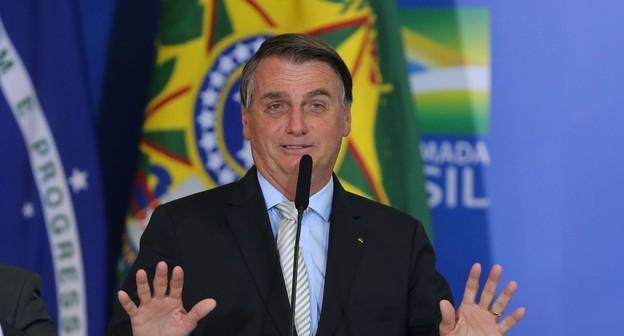Bolsonaro veta auxílio financeiro a pequeno produtor rural afetado pela pandemia