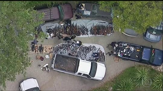 Polícia apreende mais de mil armas em uma mansão de Los Angeles