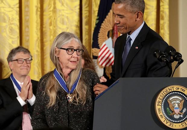 Hamilton recebendo a medalha, em 2016, do ex-presidente Barack Obama  (Foto: Chip Somodevilla/Getty Images)