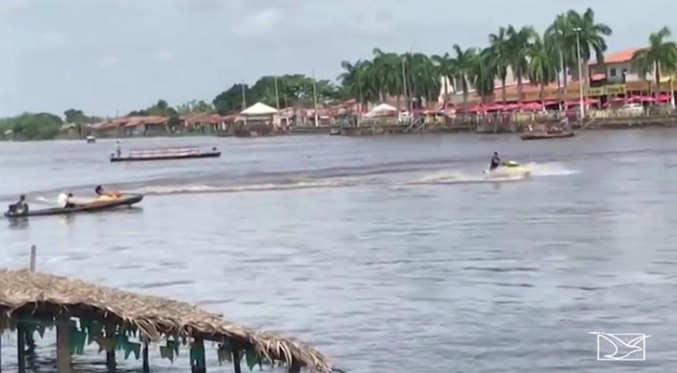 Acidente no Rio Pindaré deixou uma pessoa ferida — Foto: Reprodução / TV Mirante