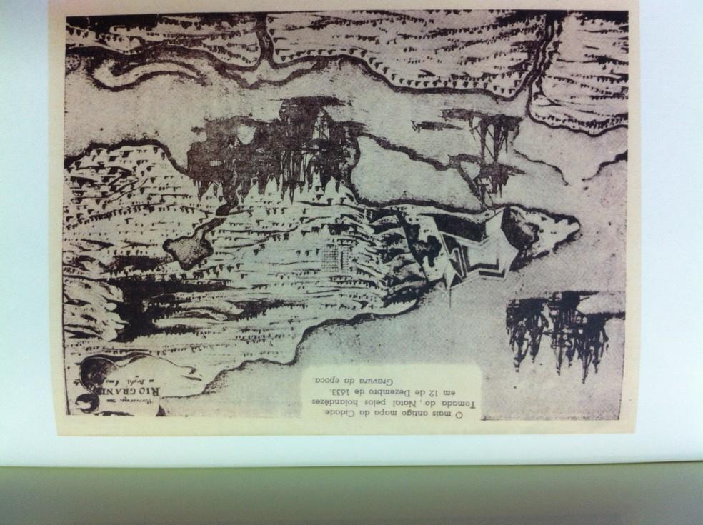 Gravura da época: o mais antigo mapa da cidade elaborado em 1633 — Foto: Caroline Holder/G1